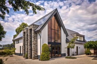 Landelijke villa met moderne toevoegingen